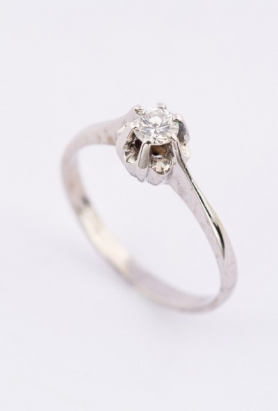 Wit gouden solitair ring (0.25ct)